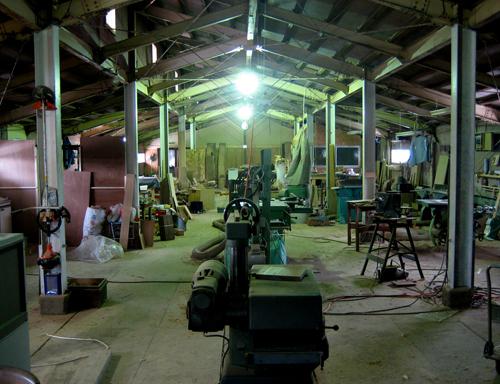 木工の道へと進んだ加賀さんの作業場写真
